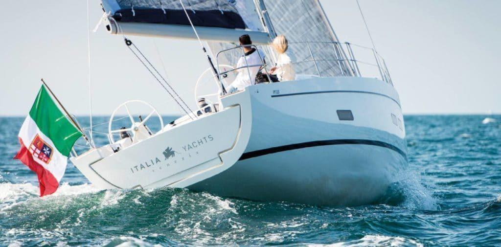 Italia yachts 13.98 1.jpg